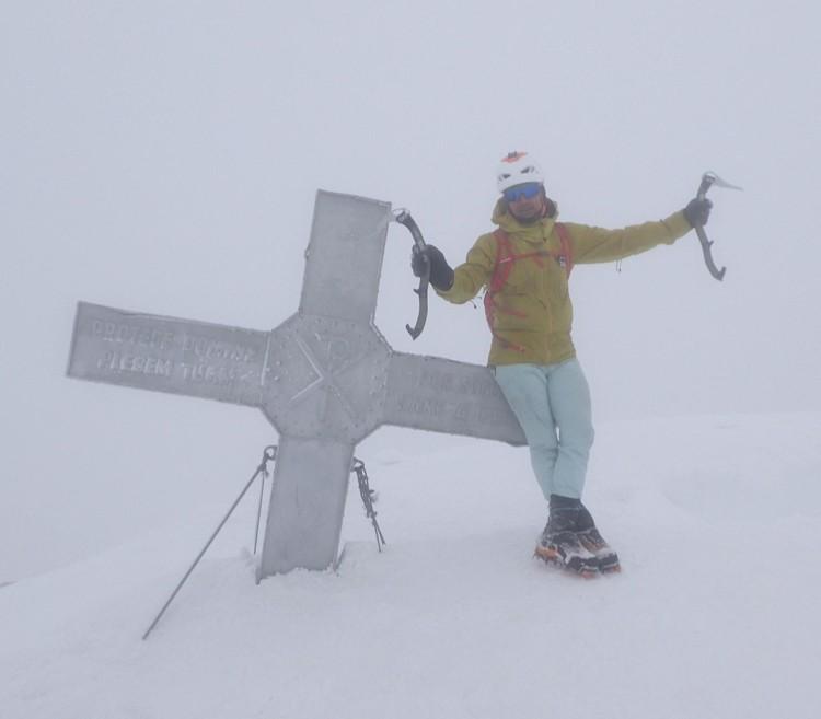 Jonatan García, en la cima del Aneto. Foto: Jonatan García