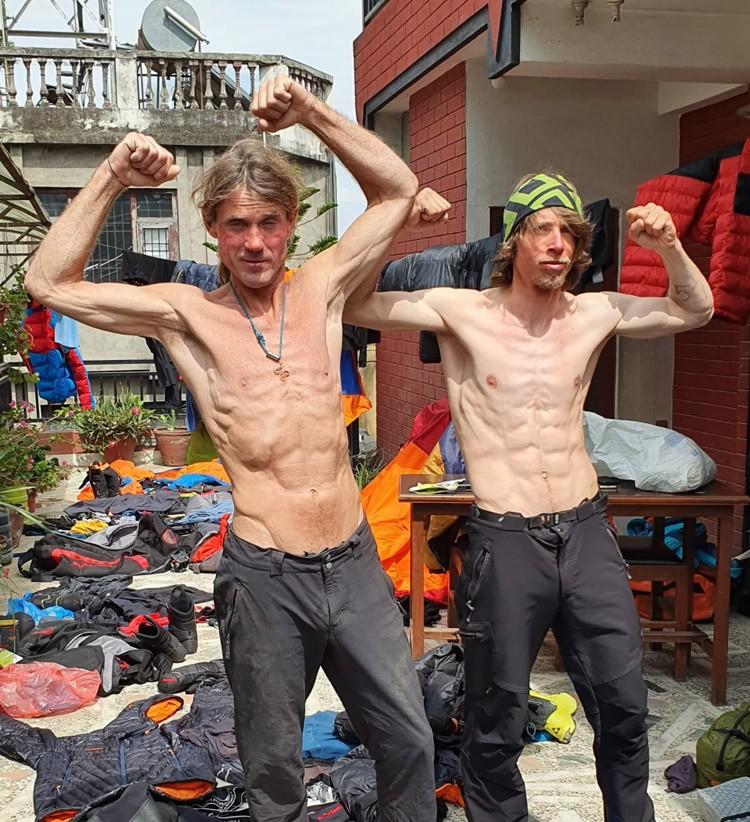 Marek Holecek y Radoslav Groh, en su hotel de Katmandú. Foto: FB Marek Holecek