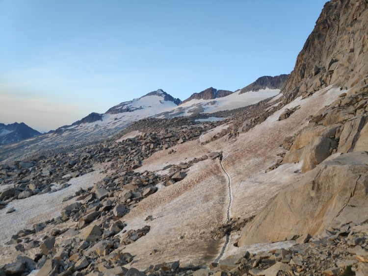Glaciar y cima del Aneto desde los Portilones. Foto: Chemary Carrera, Maspirineo