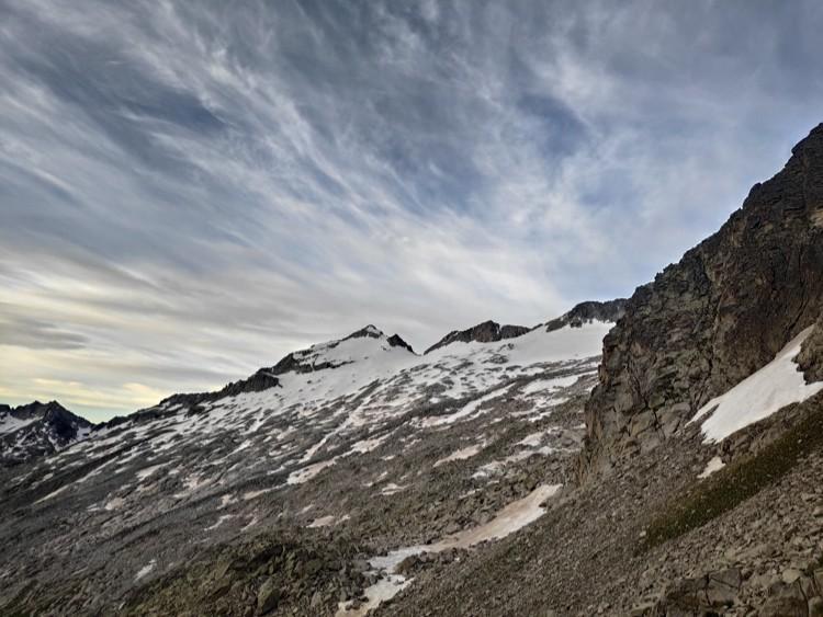 Morrena descubierta en la aproximación hasta el glaciar. Foto: Maspirineo