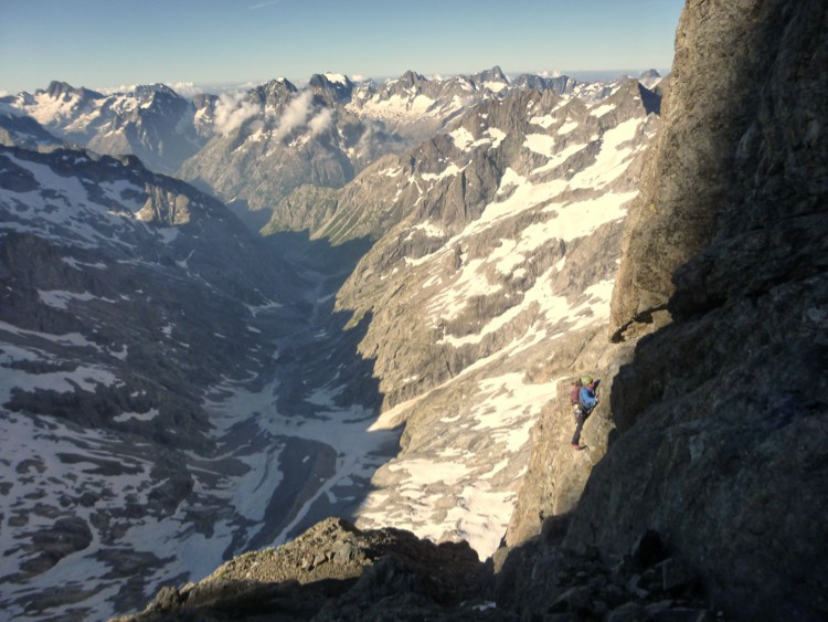 Valle des Etancons desde la ascension de la via normal de la Meije