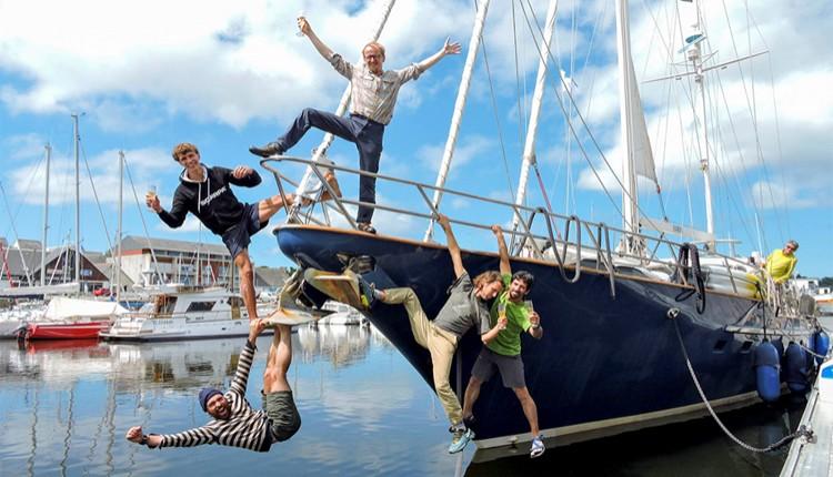 En el velero Kaman. Foto: Favresse, Villanueva, Wertz y Jaruta