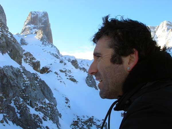 Óscar Palacios, Álvaro Novellón