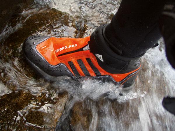 excepción Oferta de trabajo Enfriarse  Test de material: botas para barranquismo Hydro-Pro de Adidas - Barrabes.com