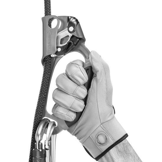 Petzl Ascension Ascender (Left-Handed) - Photo of detail