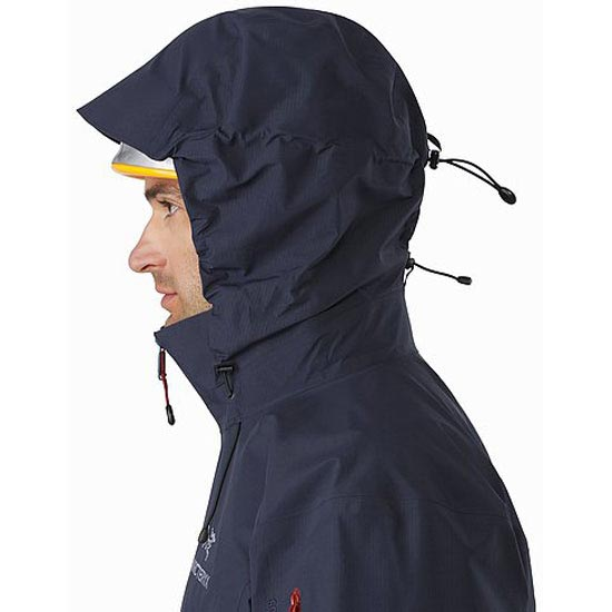 Arc'teryx Theta AR Jacket - Photo de détail
