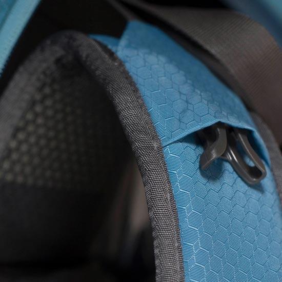 Osprey Farpoint 55 - Photo of detail