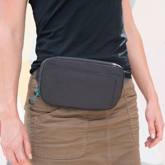 Lifeventure RFID Protected Document Belt Pouch - Detail Foto