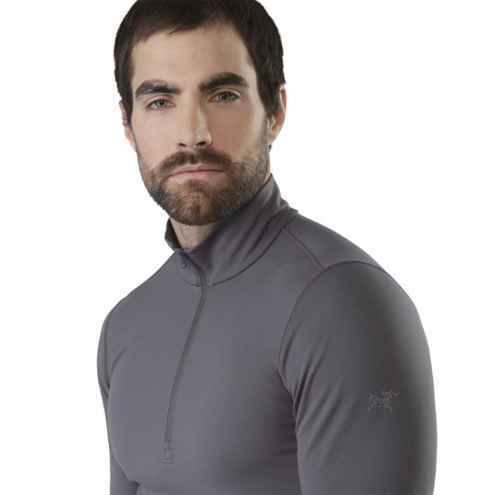 Arc'teryx Phase AR Zip Neck LS - Photo of detail