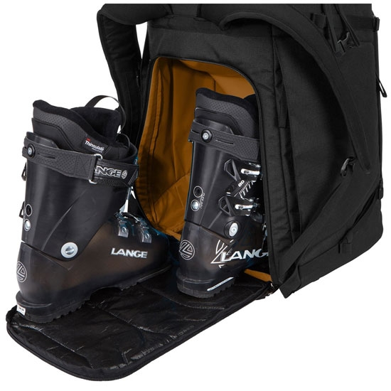 Thule Roundtrip Boot Backpack 60l - Photo of detail