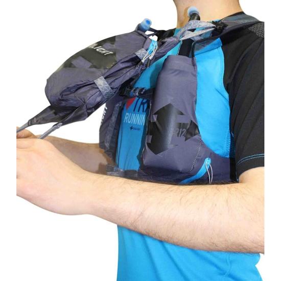 Raidlight Revolutiv Vest 12 L - Photo of detail