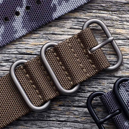 Suunto 24mm Explore 2 Textile Strap - Photo of detail