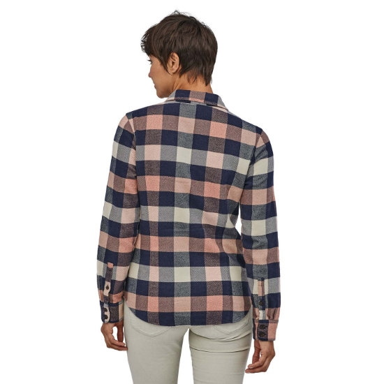 Patagonia Long-Sleeved Fjord Flannel Shirt W - Photo of detail